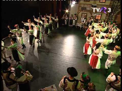 Dans Din Fagaras Cu Ansamblul Folcloric Profesionist Cindrelul