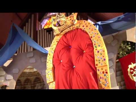 Kingdom Rock King's Throne Decorating | Vacation Bible School | 2013 Easy VBS | Group