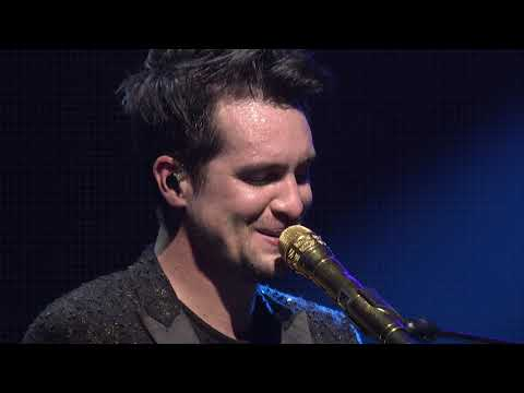 Panic! At The Disco - Bohemian Rhapsody (Live from Sydney for the American Music Awards)