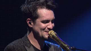 Download Panic! At The Disco - Bohemian Rhapsody (Live) [from Sydney for the American Music Awards]