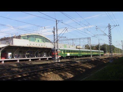 Электропоезд ЭР2К-980 со специальным маршрутом Мытищи-Москва