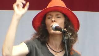 Edie Brickell & The New Bohemians - What I Am (Austin, TX 2018)