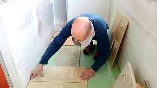 видео Как положить плитку на деревянный пол