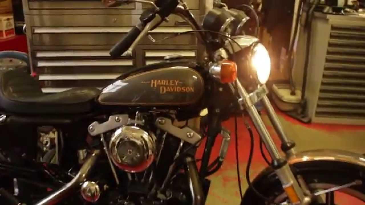 Harley Davidson  Roadster Sound