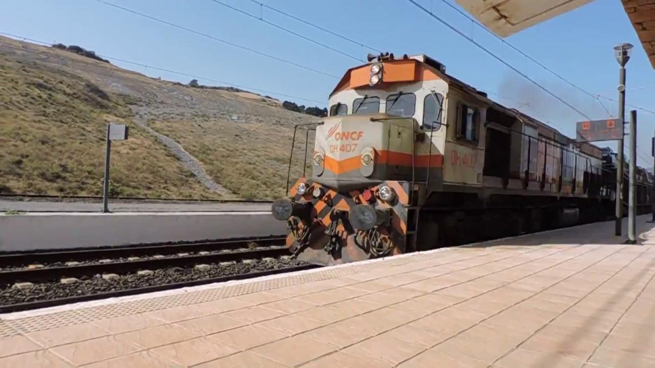 #صراحه رائع :قطار تصدير السيارات من محطة القصر الصغير شمال المغرب