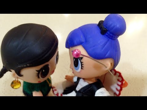 видео: ПРОКОЛОЛА УШКИ ЛОЛ!!! lol С СЕРЬГАМИ В УШАХ//ЭКСКЛЮЗИВ// pierced ears doll lol