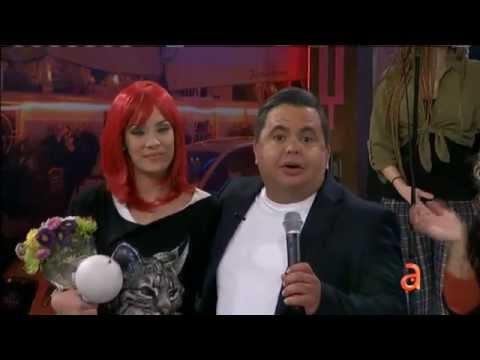 Yori Gómez anuncia su embarazo en El Happy Hour