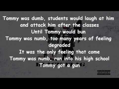 Machine Gun Kelly - Dark Side Of The Moon Lyrics