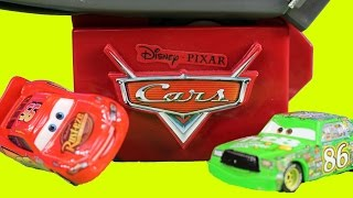 Disney Pixar Cars Lightning Fast Speedway Track Set With Lightning McQueen Smash And Crash Racers