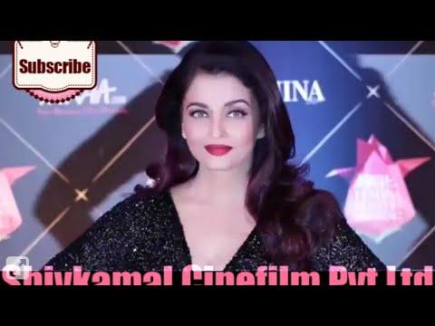 In princess look Aishwarya Rai looking Amazing / wins femina beauty award watch Vidio .