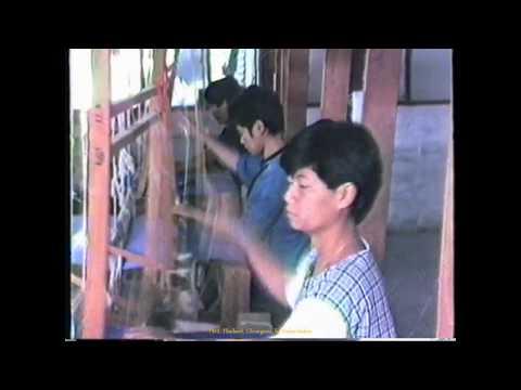 1989 Thailand   ChiangMai, Artisans, Silk Weaving,Tissage de la Soie, by HabariSalam
