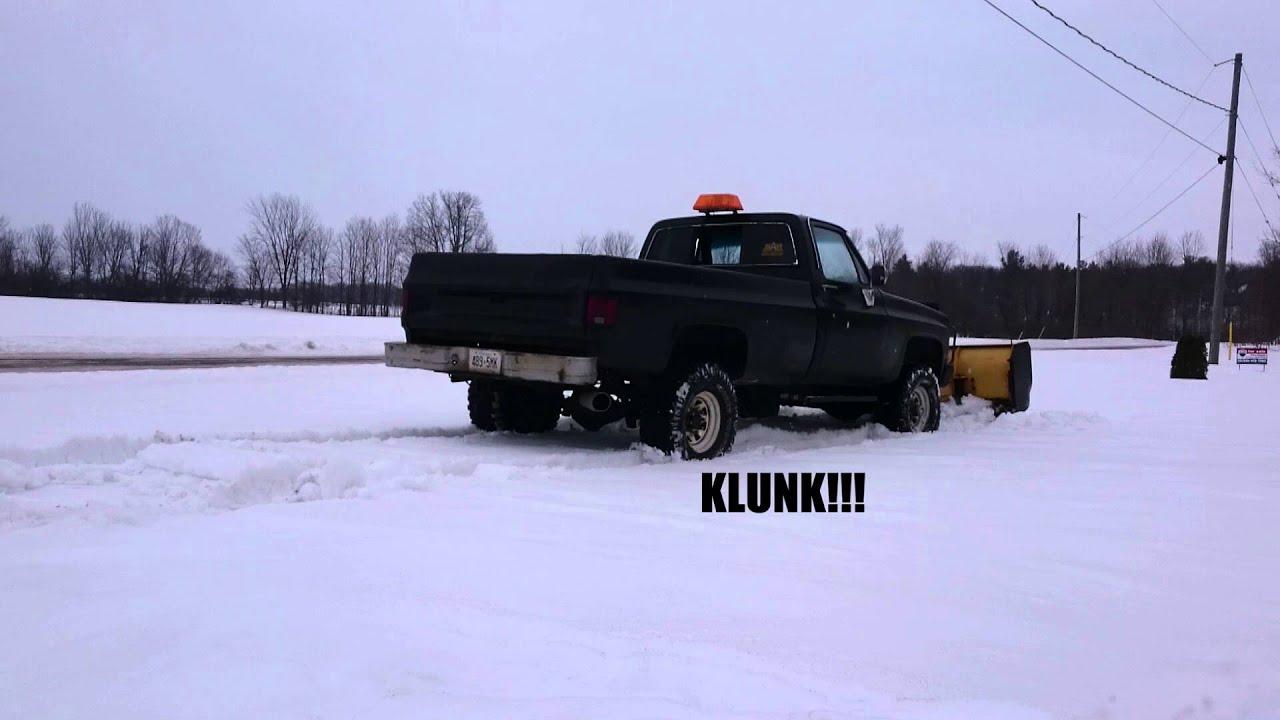 Nice Sounding Chevy K30 in Wet Snow (4
