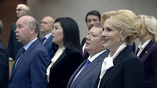 Жириновский поёт гимн России (микс)