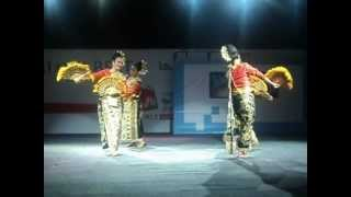 Dubai Festivals 2013 - Talikipat (Fan Dance) from Southern Thailand