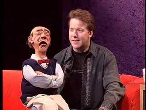 Ventriloquist Jeff Dunham brings Walter on BU Tonight