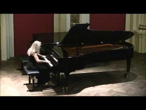 Sophia Agranovich - Schubert: 'Wanderer' Fantasie (complete) at Vienna Ehrbarsaal