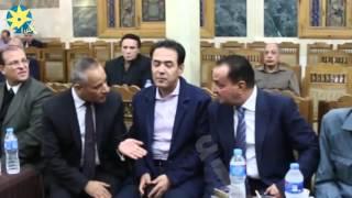 بالفيديو:  حوار جانبى بين احمد موسى وخيرى رمضان فى عزاء والدة الإبراشى