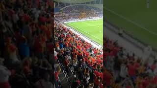 Échange Virage/pelouse   Taraji nebghiha - EST - Chivas Guadalajara [FIFA Club World Cup] 18/12/2018