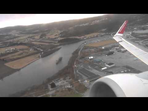 Norwegian Air Shuttle Boeing 737-8JP takeoff TRD, Trondheim Værnes