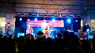 Te Graveyard Train  Live at the Community Cup 2015 #2