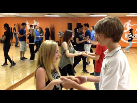 Teens Dancing Salsa for the first time !