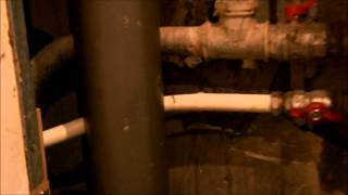 Протечка полотенцесушителя. Часть 2. Металлопласт.(, 2012-11-02T09:26:59.000Z)