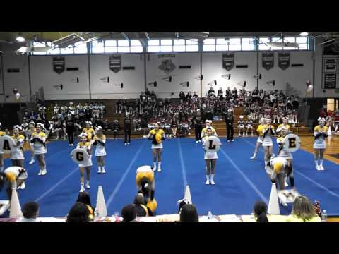 West Babylon Varsity Cheerleaders
