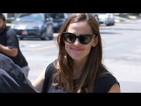 Jennifer Garner Is Surrounded by Family  Including Her 3 Kids!  at Her Hollywood Star Ceremony