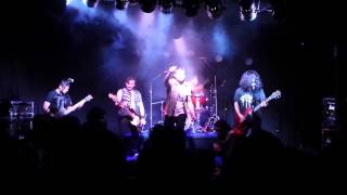 Tormentas ft Willy - Porphyria Cutánea Tarda (AFI)
