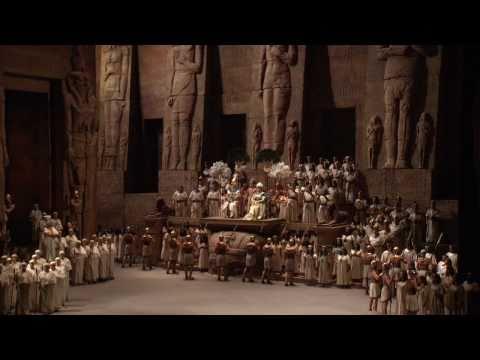 """Aida: """"Gloria all' Egitto"""" (Met Opera)"""