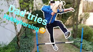 👨👧PAPA macht Hobbyhorsing! 😨🐎Schafft er es über den Sprung?