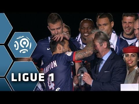 Psg's lavezzi joking with the french ligue president - ligue 1 - 2013/2014