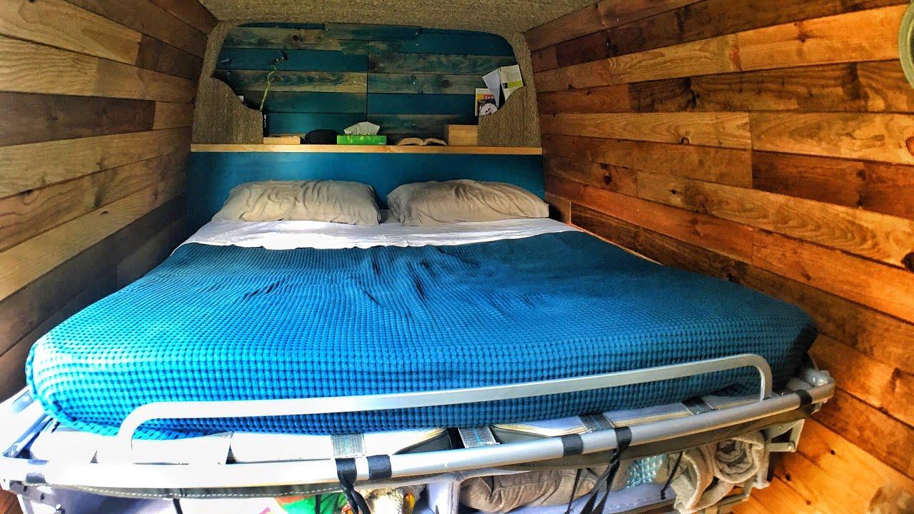 AMÉNAGER SON FOURGON : comment faire tenir un lit et un ...