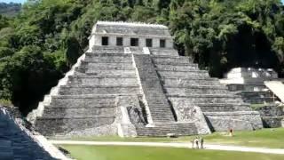 Zona Arqueologica de Palenque, Chiapas.