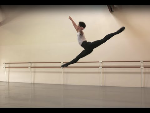 Boys'/Men's Ballet Program