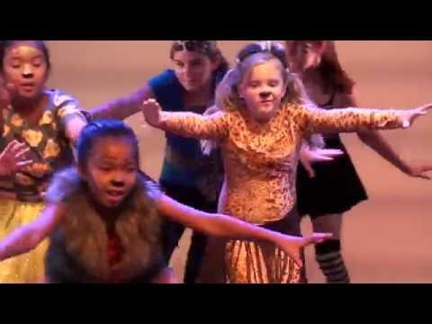 Lion King Remix, Dance