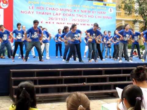 MV dân vũ 11A3 Trường THPT chuyên Trần Đại Nghĩa 2012