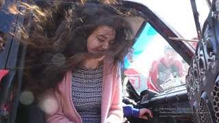 Девушки кайфуют под Jah Khalib