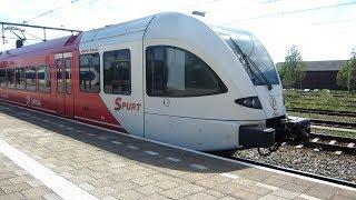 Arriva Spurt GTW 2/8 vertrekt van station Geldermalsen