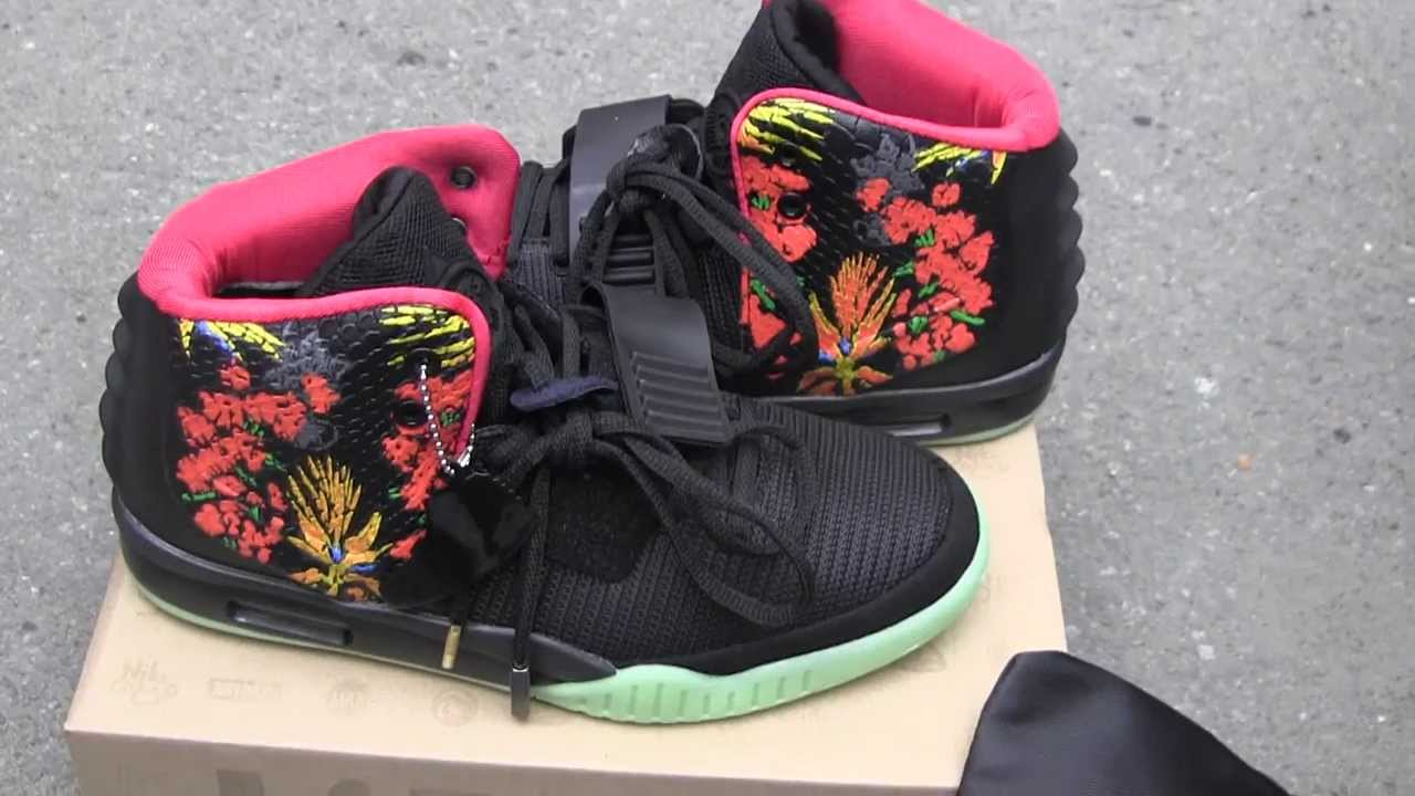 283cdcf2ea28 Nike Air Yeezy 2 Givenchy By Mache Customs - YouTube