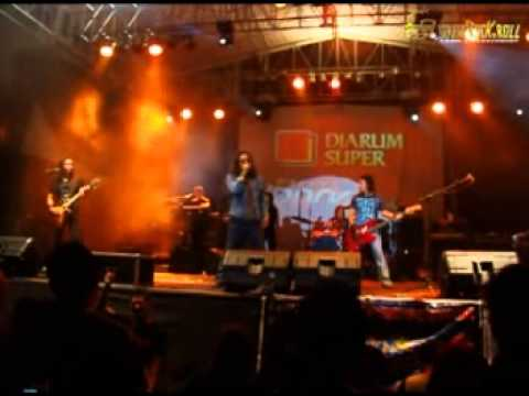Powerslaves - Find Our Love Again ( Live in Pati Jateng )