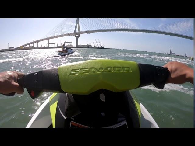 Un día divirtiéndonos con las motos de agua | SeaDoo GTI