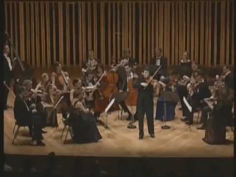 Barnabas Kelemen performs Mozart's Violin Concerto in D major K211