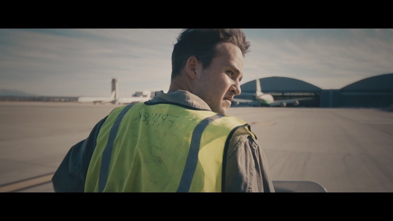 Download The Suitcase Trailer
