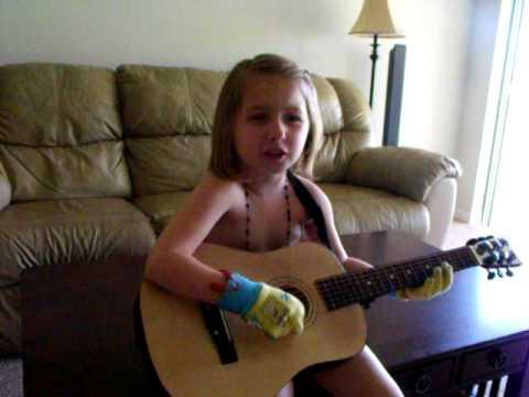 Mia singing 'All I Wanna Do'