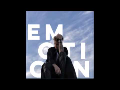 Justin Bieber - thinkin' bout you  (Emotion - unreleased )