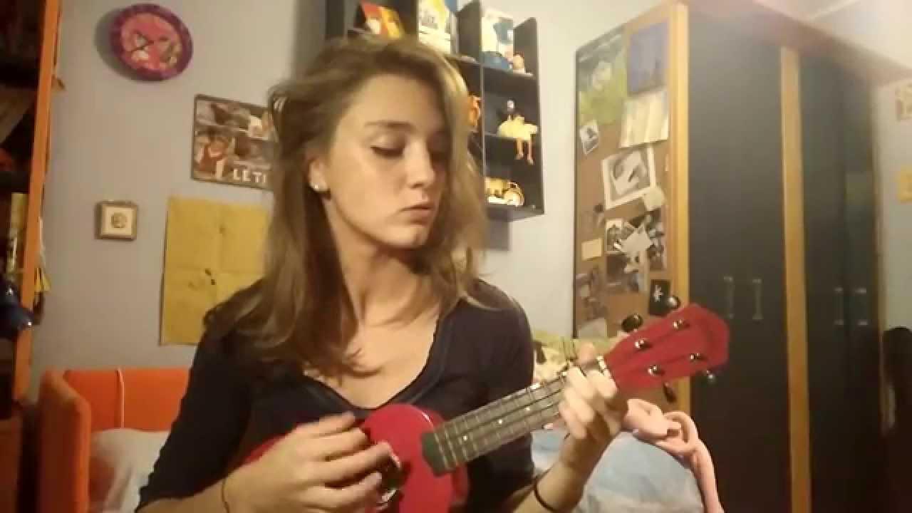 Dente vieni a vivere ukulele cover youtube dente vieni a vivere ukulele cover hexwebz Gallery