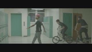 Pharrell Williams - Happy (10PM)