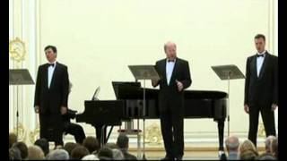 118. M. Glinka:The Road Song. Vladimir Miller, basso profundo. Three Russian bass profundo. avi