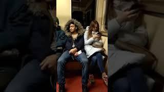 Пранк в метро уснул девушка жёстко испугалась Таджик пранкер Тамошо кунед